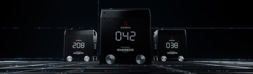 Tre Blackline roboter fra autostore i mørkt lager